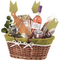Willow <em>giftboxes, baskets &amp; trays</em>